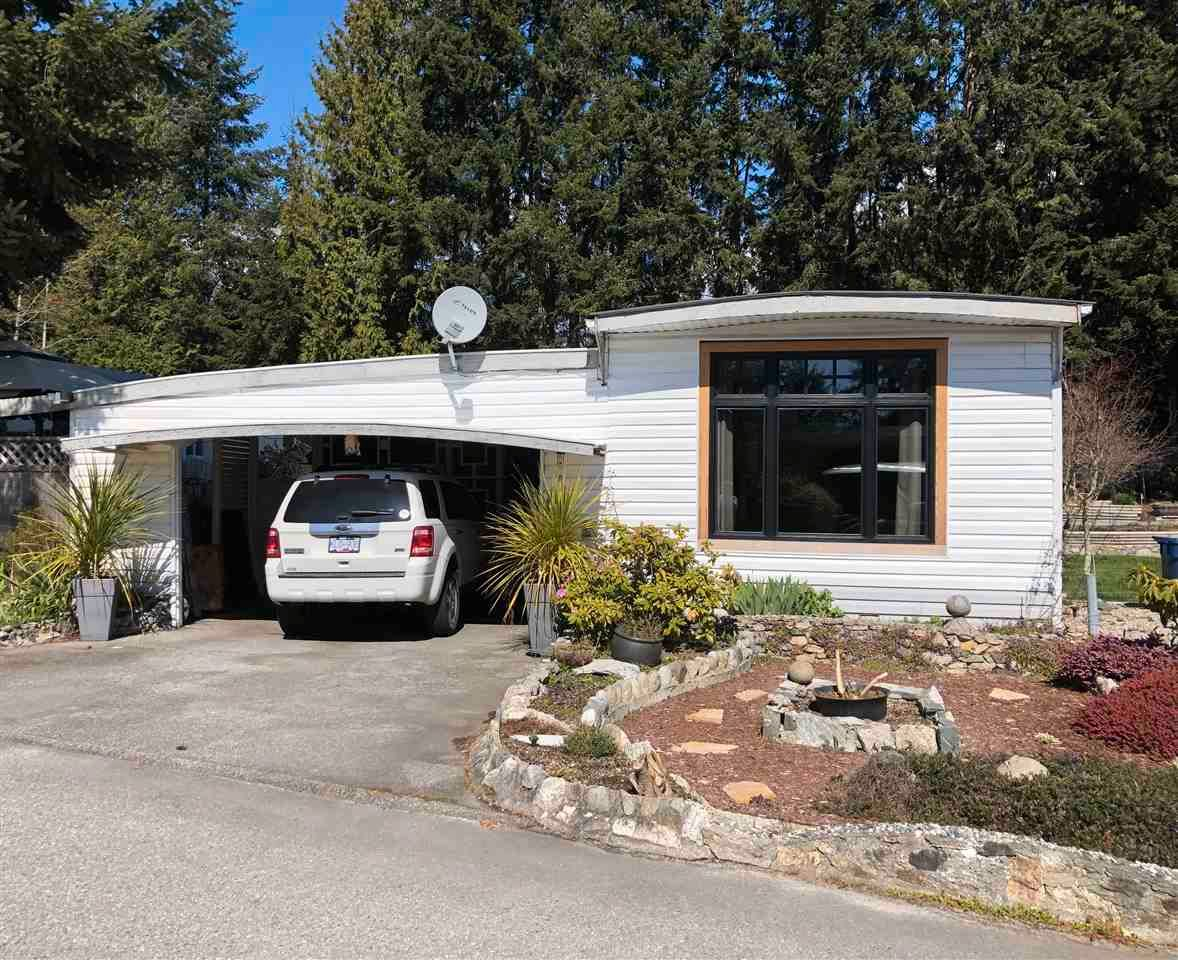 Main Photo: 44 4116 BROWNING Road in Sechelt: Sechelt District Manufactured Home for sale (Sunshine Coast)  : MLS®# R2600112
