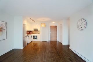 Photo 4: 1117 161 W GEORGIA STREET in Vancouver: Downtown VW Condo for sale (Vancouver West)  : MLS®# R2502361