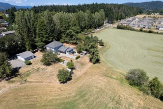 Photo 2: 1335 Stellys Cross Rd in : CS Brentwood Bay House for sale (Central Saanich)  : MLS®# 882591