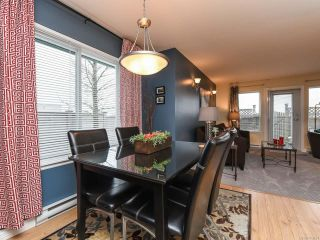 Photo 3: 52 717 Aspen Rd in COMOX: CV Comox (Town of) Row/Townhouse for sale (Comox Valley)  : MLS®# 803821