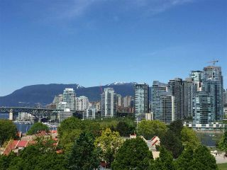 """Photo 6: 108 995 W 7TH Avenue in Vancouver: Fairview VW Townhouse for sale in """"OAKVIEW TOWNHOMES"""" (Vancouver West)  : MLS®# R2168359"""