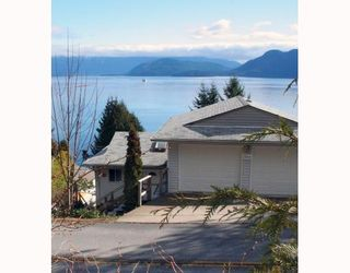 "Photo 1: 1766 NORTH Road in Gibsons: Gibsons & Area House for sale in ""HOPKINS LANDING"" (Sunshine Coast)  : MLS®# V692529"
