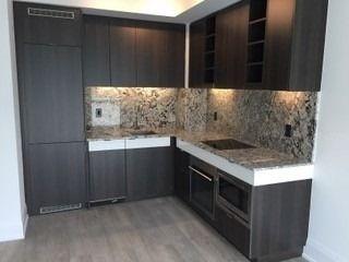 Photo 8: 1408 101 Erskine Avenue in Toronto: Mount Pleasant West Condo for sale (Toronto C10)  : MLS®# C4733209