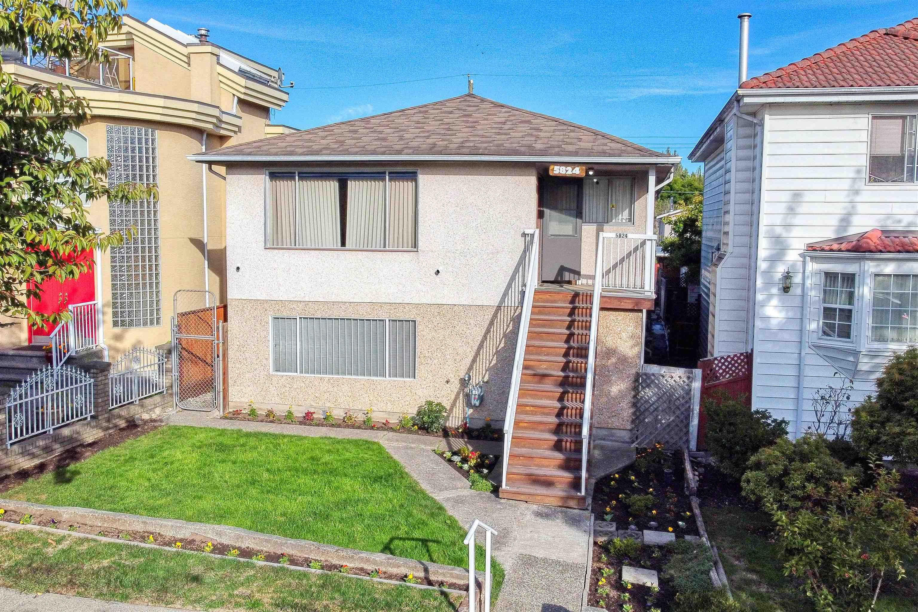 Main Photo: 5824 INVERNESS Street in Vancouver: Knight House for sale (Vancouver East)  : MLS®# R2621157