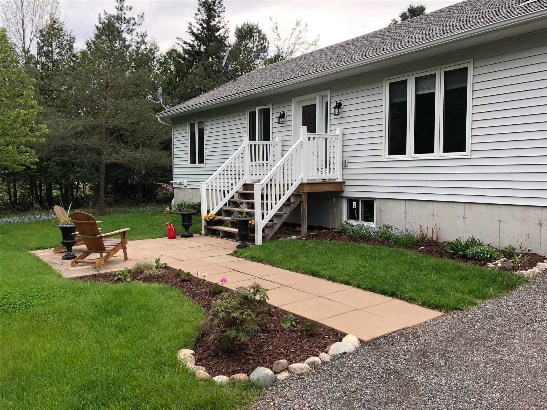 Main Photo: 9224 County Road 1 Road in Adjala-Tosorontio: Hockley House (Bungalow) for sale : MLS®# N5180525