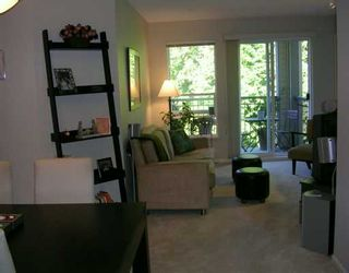 """Photo 1: 261 1100 E 29TH ST in North Vancouver: Lynn Valley Condo for sale in """"HIGHGATE"""" : MLS®# V607291"""