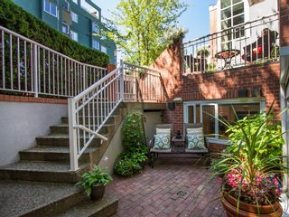 """Photo 16: 1511 MARINER Walk in Vancouver: False Creek Townhouse for sale in """"THE LAGOONS"""" (Vancouver West)  : MLS®# V1076044"""