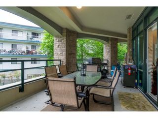 "Photo 22: 205 14824 NORTH BLUFF Road: White Rock Condo for sale in ""Belaire"" (South Surrey White Rock)  : MLS®# R2456173"