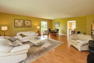 Photo 6: 19658 RICHARDSON Road in Pitt Meadows: North Meadows PI House for sale : MLS®# R2616739