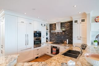 Photo 22:  in White Rock: Home for sale : MLS®# R2166390