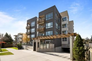 Photo 1: 403 317 E Burnside Rd in : Vi Burnside Condo for sale (Victoria)  : MLS®# 871909