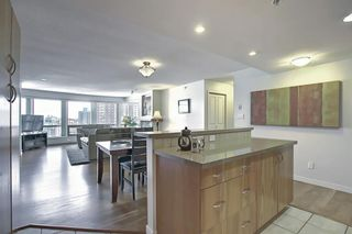 Photo 11: 1801 1078 6 Avenue SW in Calgary: Downtown West End Apartment for sale : MLS®# A1066413
