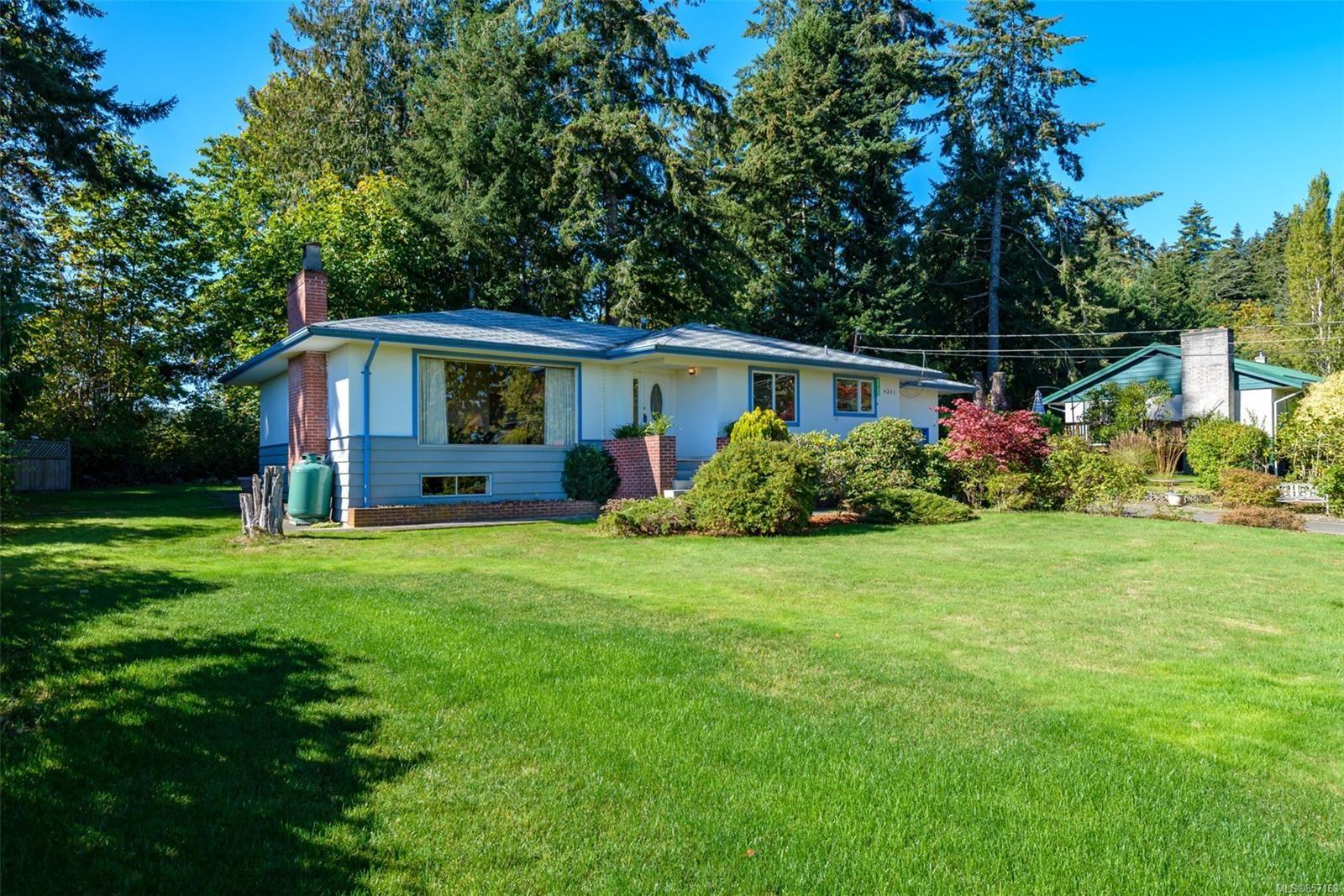 Photo 57: Photos: 4241 Buddington Rd in : CV Courtenay South House for sale (Comox Valley)  : MLS®# 857163