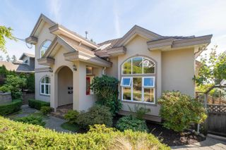 Main Photo: 157 W KINGS Road in North Vancouver: Upper Lonsdale House for sale : MLS®# R2619623