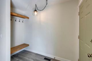 Photo 16: 915 Riverbend Drive SE in Calgary: Riverbend Detached for sale : MLS®# A1135568