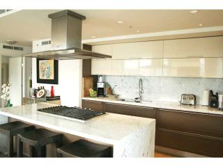 Photo 9: # 301 8 SMITHE ME in Vancouver: Yaletown Condo for sale (Vancouver West)  : MLS®# V985268