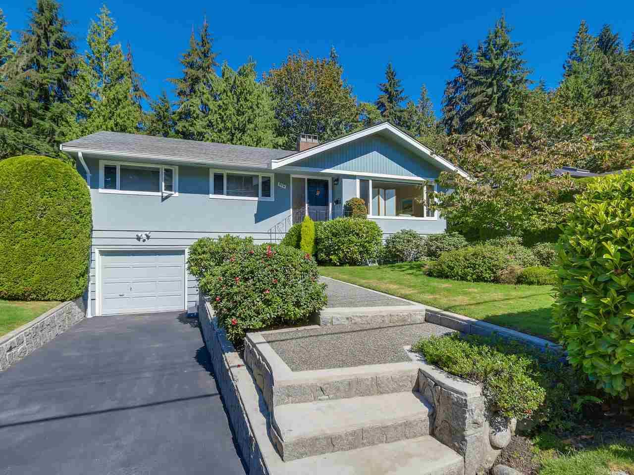 """Main Photo: 974 BELVEDERE Drive in North Vancouver: Canyon Heights NV House for sale in """"Canyon Heights"""" : MLS®# R2106348"""