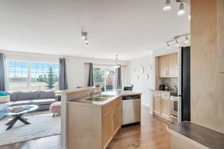 Photo 9: 567 PANAMOUNT Boulevard NW in Calgary: Panorama Hills Semi Detached for sale : MLS®# A1047979