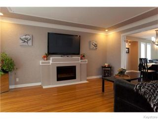 Photo 2: 55 Lawndale Avenue in Winnipeg: Norwood Flats Residential for sale (2B)  : MLS®# 1627193