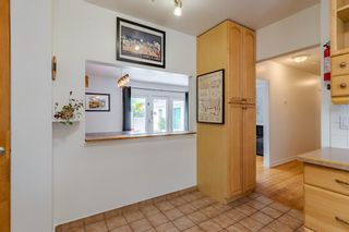 Photo 7: 303 42 Street SW in Calgary: Wildwood Detached for sale : MLS®# A1134148
