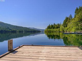 Photo 1: 9400 Creekside Dr in Duncan: Z03 Lake Cowichan/Honeymoon/Youb House for sale (Zone 03 - Duncan)  : MLS®# 355617