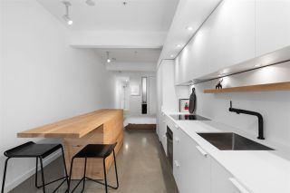 """Photo 8: 404 53 W HASTINGS Street in Vancouver: Downtown VW Condo for sale in """"Paris Block"""" (Vancouver West)  : MLS®# R2539931"""