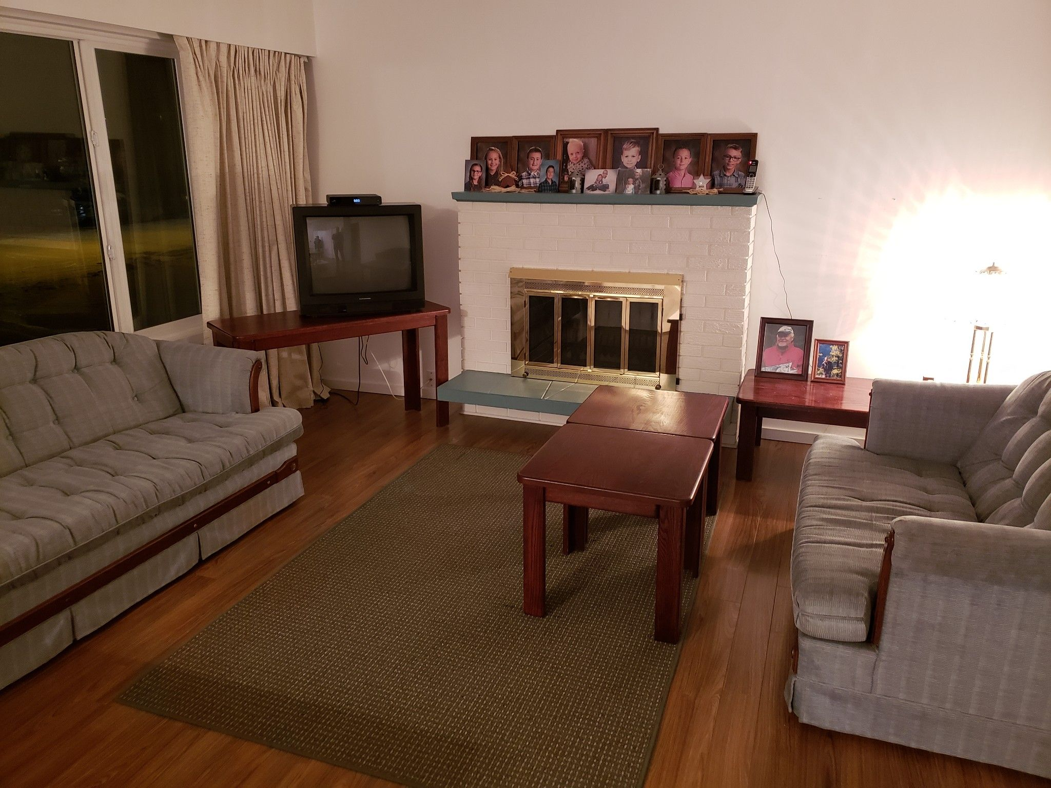 Photo 2: Photos: 821 Puhallo Drive in Kamloops: Westsyde House for sale