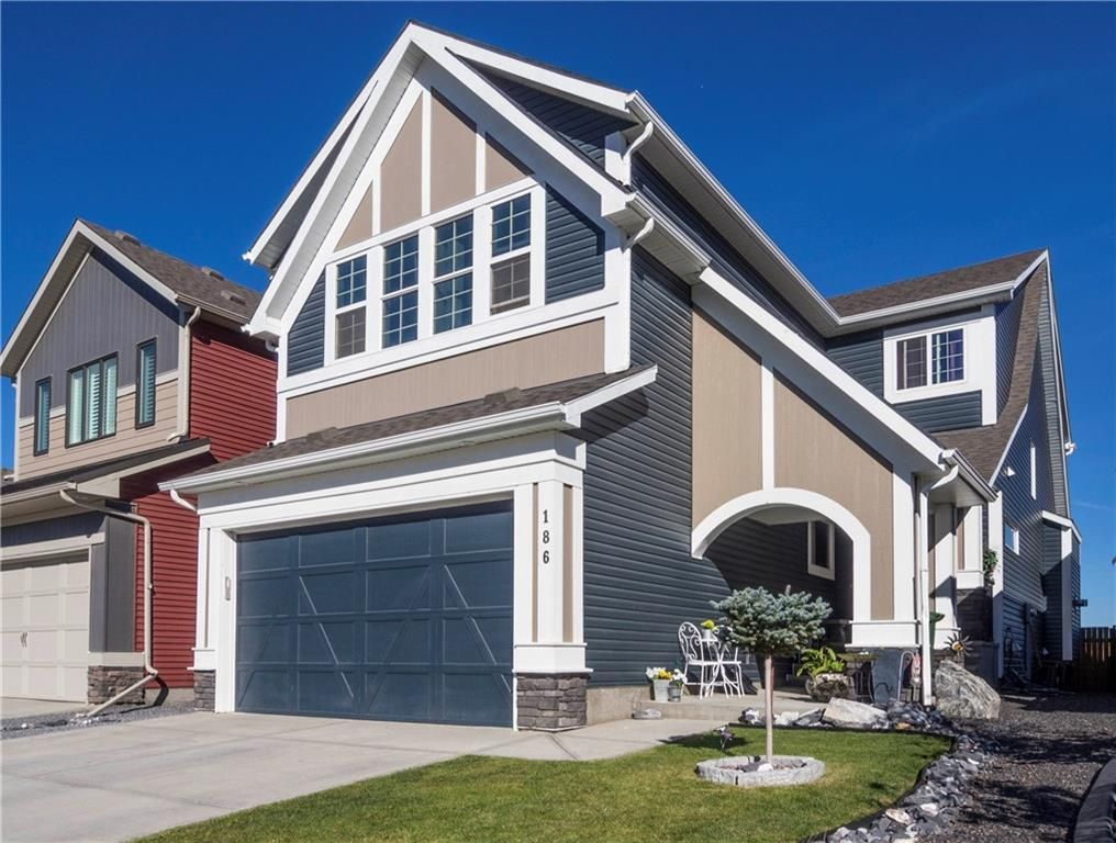 Main Photo: 186 REUNION Green NW: Airdrie Detached for sale : MLS®# C4236176