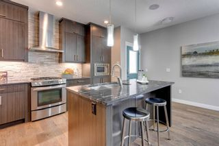 Photo 8: 2 4728 17 Avenue NW in Calgary: Montgomery Row/Townhouse for sale : MLS®# A1125415