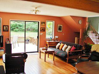 Photo 4: 7980 COOPER RD in Halfmoon Bay: Halfmn Bay Secret Cv Redroofs House for sale (Sunshine Coast)  : MLS®# V1107211