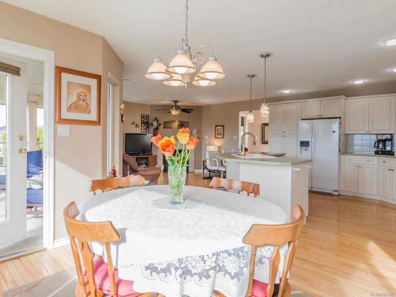 Photo 7: Photos: 5371 HIGHRIDGE PLACE in NANAIMO: Na North Nanaimo House for sale (Nanaimo)  : MLS®# 786399