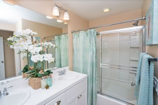 Photo 15: OCEANSIDE Townhouse for sale : 3 bedrooms : 825 Harbor Cliff Way #269