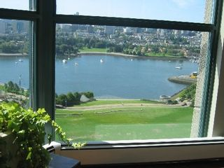 """Photo 20: 2005 289 DRAKE Street in Vancouver: Downtown VW Condo for sale in """"PARKVIEW TOWER"""" (Vancouver West)  : MLS®# V661632"""