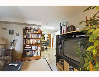 """Photo 8: 2366 CHARLES Street in Vancouver: Grandview VE House for sale in """"COMMERCIAL DRIVE"""" (Vancouver East)  : MLS®# V706768"""