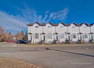 Photo 1: 10204 98 Avenue: Fort Saskatchewan Townhouse for sale : MLS®# E4227170