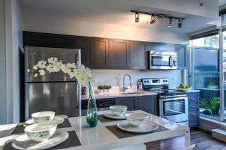 Photo 13: 403 2511 QUEBEC STREET in Vancouver: Mount Pleasant VE Condo for sale (Vancouver East)  : MLS®# R2127027
