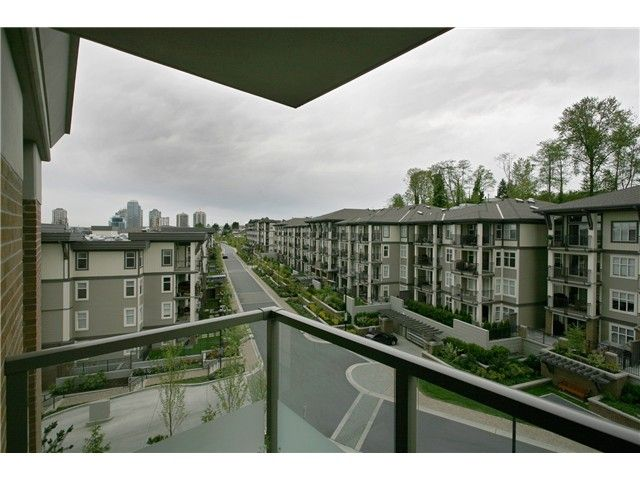 """Photo 10: Photos: 504 4888 BRENTWOOD Drive in Burnaby: Brentwood Park Condo for sale in """"BRENWOOD GATE"""" (Burnaby North)  : MLS®# V856167"""