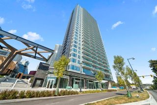 """Photo 1: 2506 13655 FRASER Highway in Surrey: Whalley Condo for sale in """"King George Hub"""" (North Surrey)  : MLS®# R2615800"""