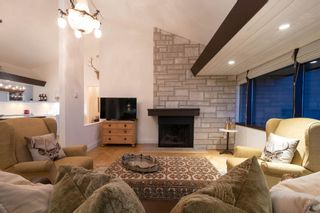 """Photo 3: 68 2212 FOLKESTONE Way in West Vancouver: Panorama Village Condo for sale in """"Panorama Village"""" : MLS®# R2604810"""