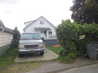Photo 3: 445 E 57TH Avenue in Vancouver: South Vancouver House for sale (Vancouver East)  : MLS®# R2573695