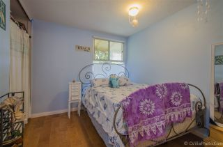 Photo 10: CLAIREMONT House for sale : 3 bedrooms : 3620 Fireway in San Diego