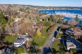 Photo 5: 3300 Exeter Rd in : OB Uplands House for sale (Oak Bay)  : MLS®# 862866
