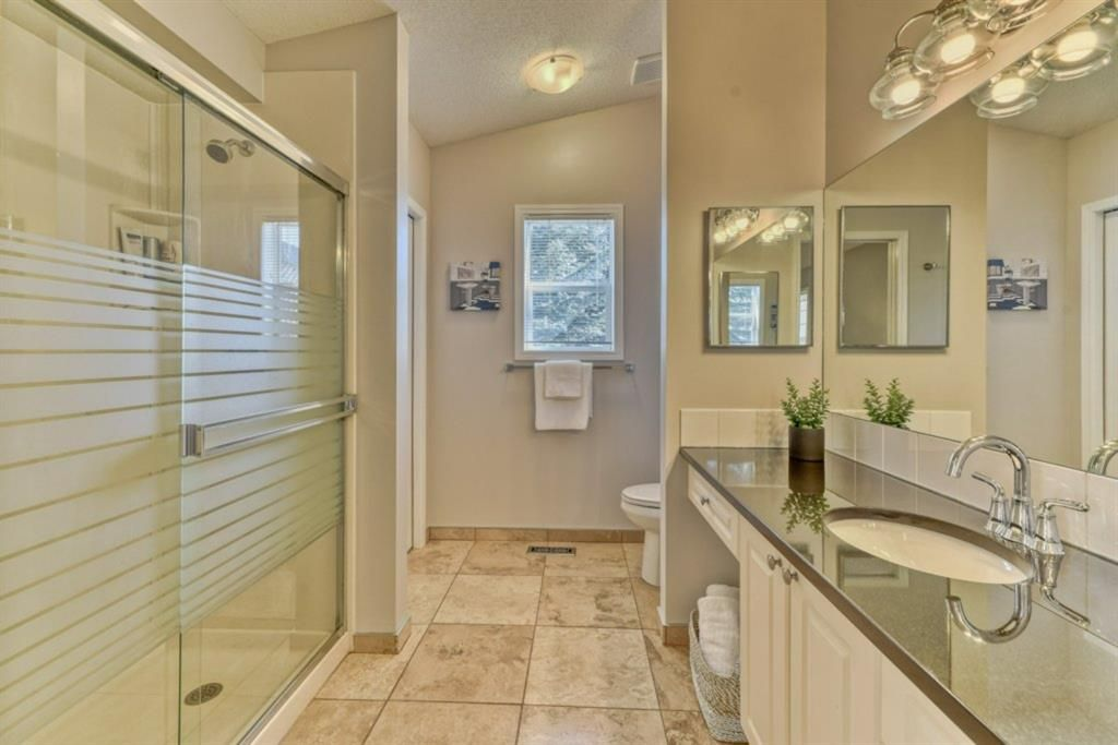 Photo 16: Photos: 245 Citadel Crest Park NW in Calgary: Citadel Detached for sale : MLS®# A1088595