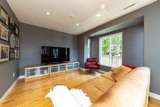 Photo 10: 1106 ST. GEORGES Avenue in North Vancouver: Central Lonsdale Townhouse for sale : MLS®# R2460985