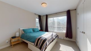 """Photo 9: 8 38684 BUCKLEY Avenue in Squamish: Dentville Townhouse for sale in """"Newport Landing"""" : MLS®# R2613322"""