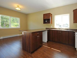 Photo 8: 3343 Merlin Rd in Langford: La Luxton House for sale : MLS®# 655013