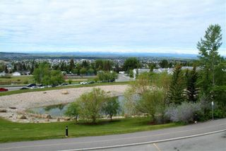 Photo 6: 219 Rocky Vista Circle NW in Calgary: Rocky Ridge Row/Townhouse for sale : MLS®# A1074376