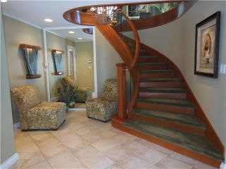 """Photo 3: 3866 LONSDALE Avenue in North Vancouver: Upper Lonsdale House for sale in """"UPPER LONSDALE"""" : MLS®# V1123324"""