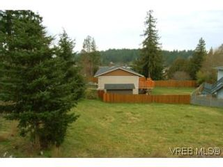 Photo 10: 3536 Wishart Rd in VICTORIA: Co Latoria House for sale (Colwood)  : MLS®# 494985