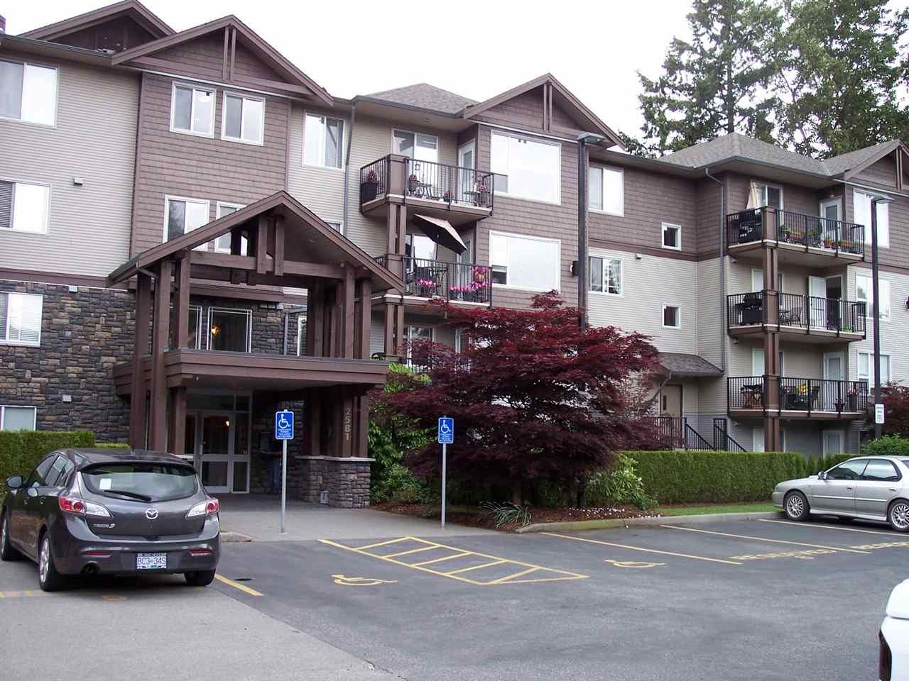 "Main Photo: 407 2581 LANGDON Street in Abbotsford: Abbotsford West Condo for sale in ""COBBLESTONE"" : MLS®# R2173137"